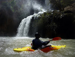 kayak in the atlas